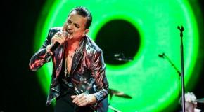 Depeche Mode in bester Laune am 05.12.2013 in der König-Pilsener-Arena in Oberhausen