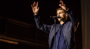 """Tim Bendzko und 4.000 """"Weltretter"""" im Kölner Palladium"""